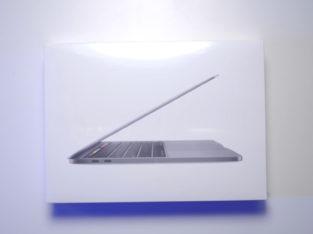 MacBook pro mi 13 inch 8gb 512gb
