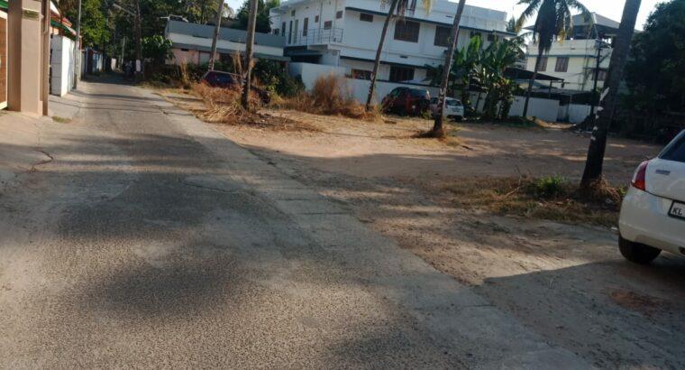 20 cents house plot for sale at Vennala. Kochi