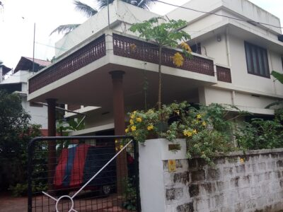 RESIDENTIAL HOUSE FOR SALE 1900 SQ FT