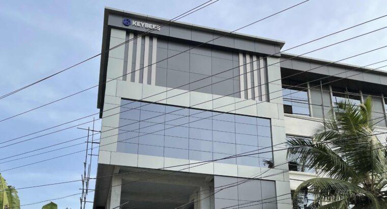 BUILDING FOR RENT NEAR MANJERI MEDICAL COLLEGE